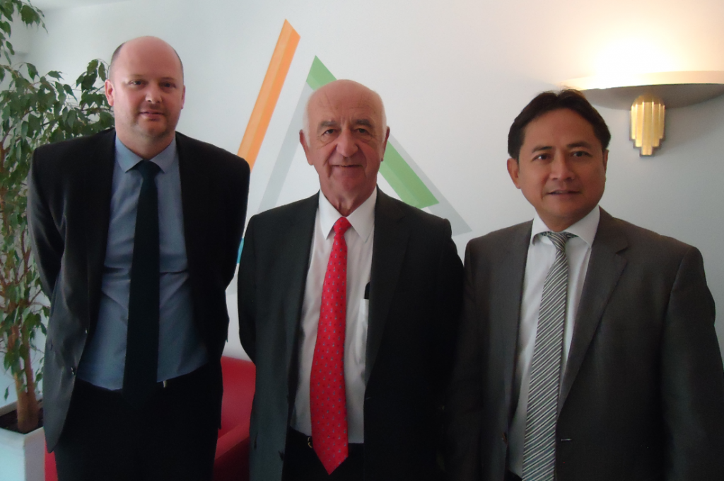 Arnaud Lahutte, Manager of the Engineering Division of TVA Group, Jean-François Hénin, Chairman of the Board of Directors of Maurel & Prom, and Antoine Tran Van, Managing Director of TVA Group.